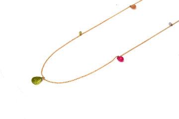 Rotgoldkette mit Saphirpampeln