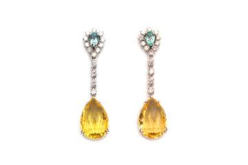 Ohrgehänge aus Weißgold mit Paraibaturmalin Beryll und Diamant