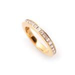 Ring aus Rotgold und Diamanten