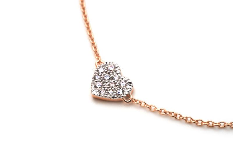 Armband aus Rotgold mit Diamanten in Herzform