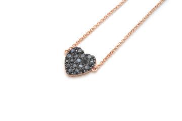 Armband aus Rotgold mit schwarzen Diamanten in Herzform